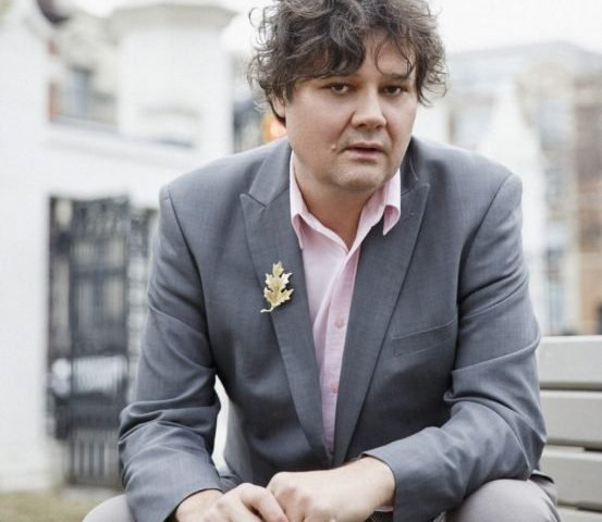 Ron Sexsmith a man and musician happily in the wrong time