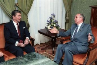 Reagan Gorbachev