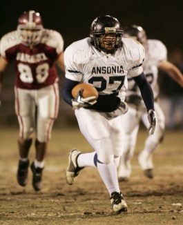 Ansonia High #27, Jeremy Jackson runs for a touchdown during the annual Naugatuck-Ansonia Thanksgiving Day Football Game Friday night. Jamison C. Bazinet Republican-American
