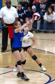 Seymour #32 Jenna Baxter sets against Waterford Saturday afternoon during the Class M volleyball final at East Haven High School. Jonathan Wilcox Republican-American