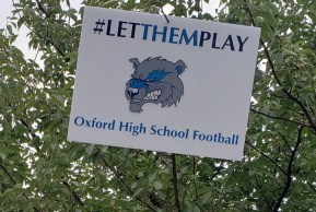 Rally in support of high school football in Hartford. (RA)