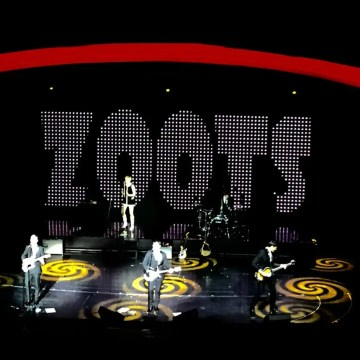 The Zoots 1960s show, 60s tribute band, sixties tribute, 1960s tribute, band 1960s, band 60's, band sixties, sixties show, young 60s band