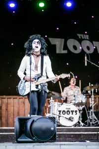 Sounds of the 70s, 70s tribute band, The Zoots