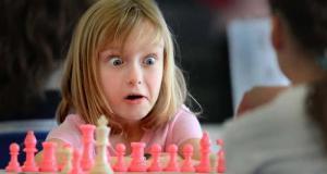 ajedrez niña