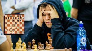 Magnus Carlsen jugando