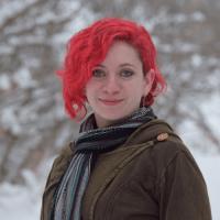 Author Caryn Larrinaga