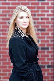 Author Lynn Raye Harris