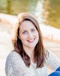 Author Rachel Magee