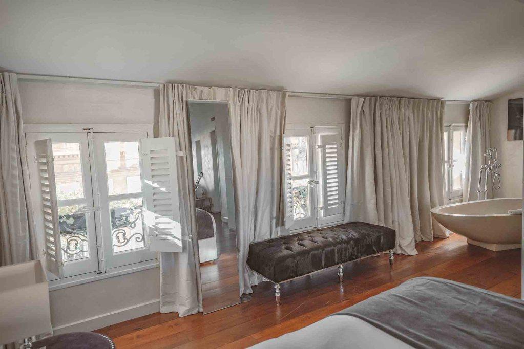 La Maison d'Aix - Love Suite vue rue