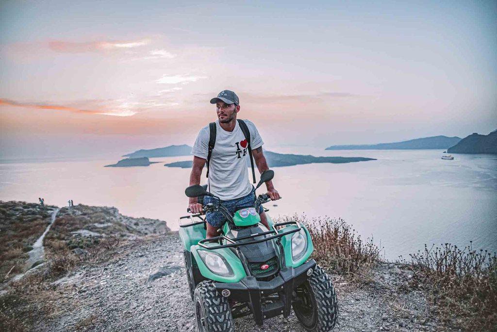 Discover Greece - Santorini in Quad