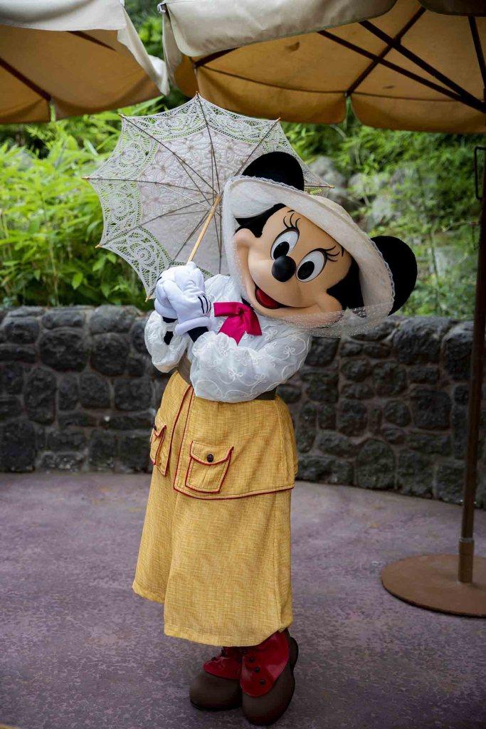 Nouvelle tenue de Minie à Disneyland Paris