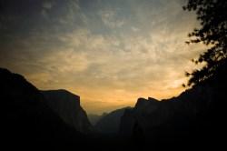 Slider_Landscapes-Yosemite-TunnelViewSunRise