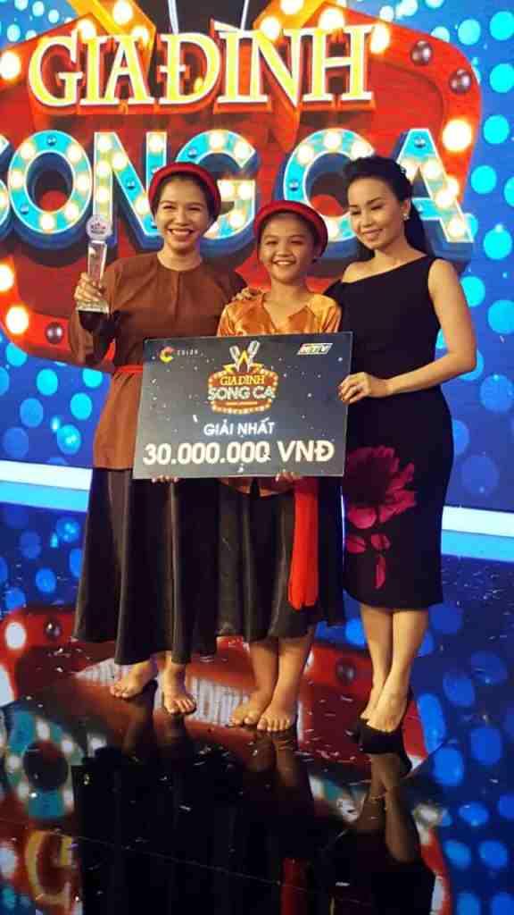 mẹ Nguyễn Thị An Ninh và bé Phùng Việt Thụy Vy