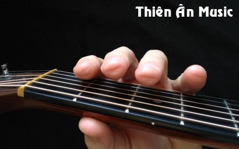 Học Chơi Guitar với kỹ thuật tốt ngay từ đầu 3