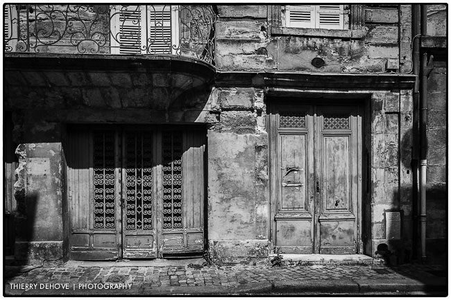 Great black and white photography of Bordeaux part 1 in France
