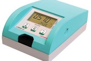 máy đo hoạt độ nước novasina cầm tay
