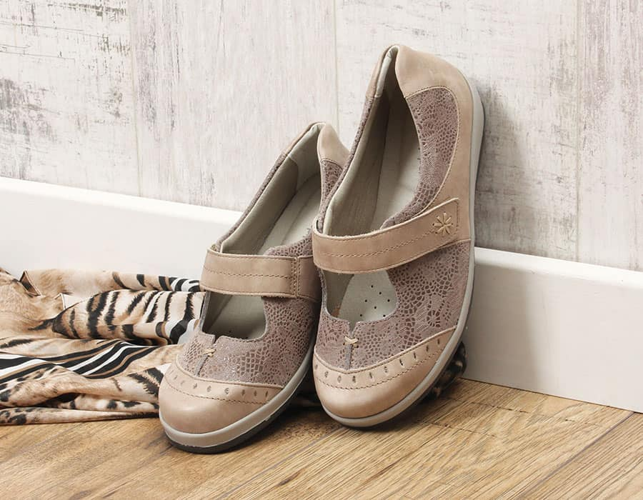 Sandpiper Filton Extra Wide Shoes image