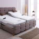 Rise and recline bed