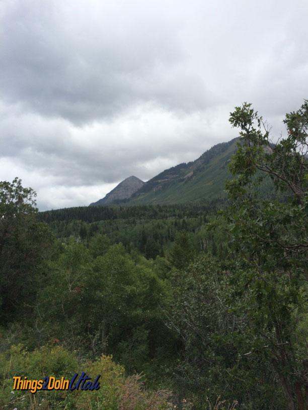 Alpine loop view of Timpanogos