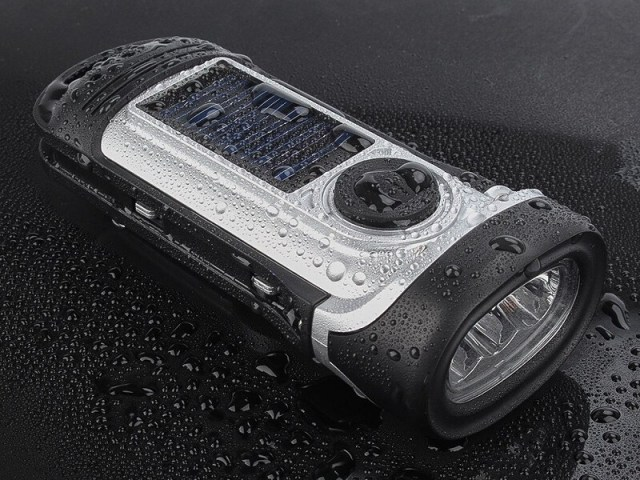 Hand Crank Solar Powered Flashlight