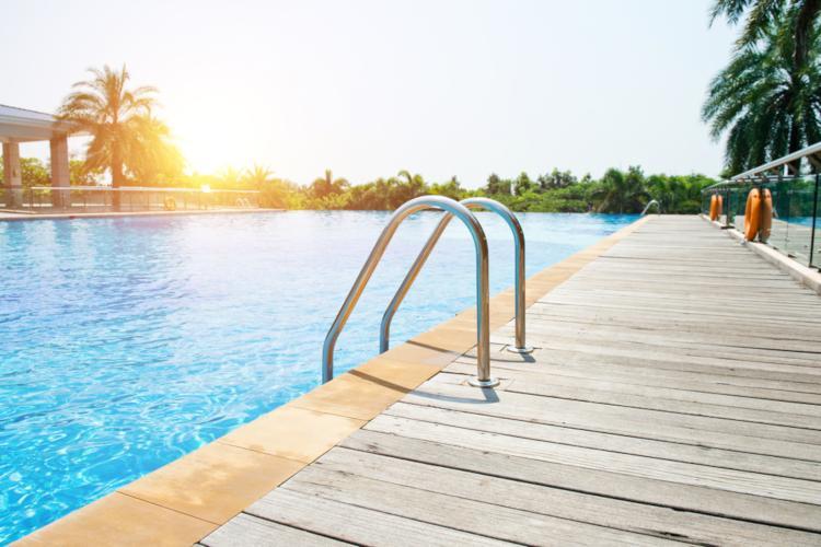 best outdoor swimming pools in geneva 2019