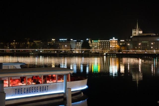 best festive bars and restaurant in Geneva