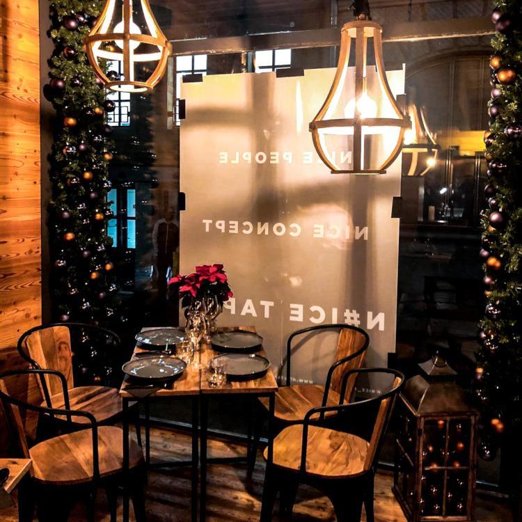 best festive bars and restaurants Geneva