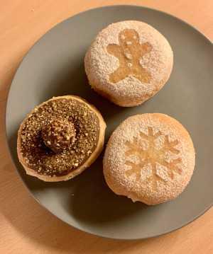 donut shops in Geneva