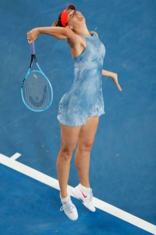 Maria Sharapova Court Style Moments10