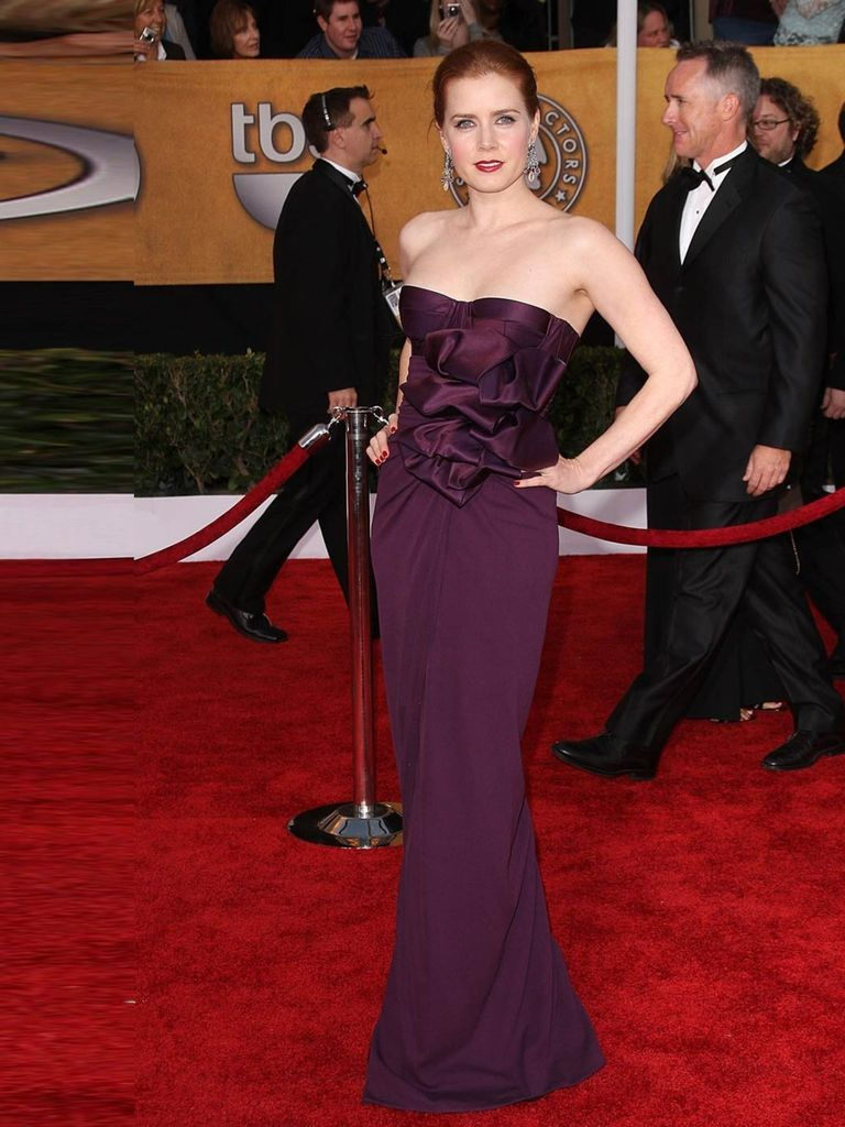 Amy Adams wore a fitted burgundy Giambattista