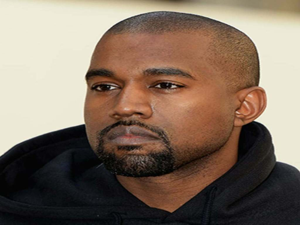"""Kanye West Legally Changed His Name To """"Ye"""""""