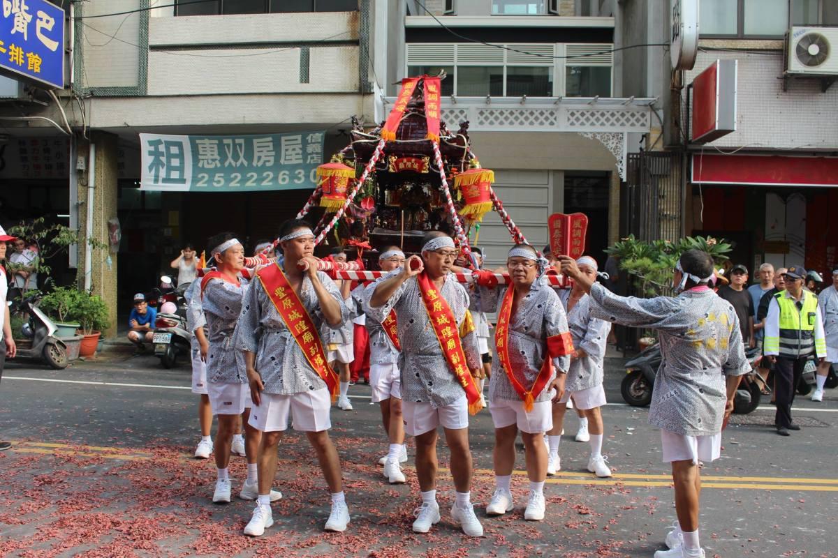 百年傳承日式神轎、見證老臺中殖民記憶的豐原迎城隍