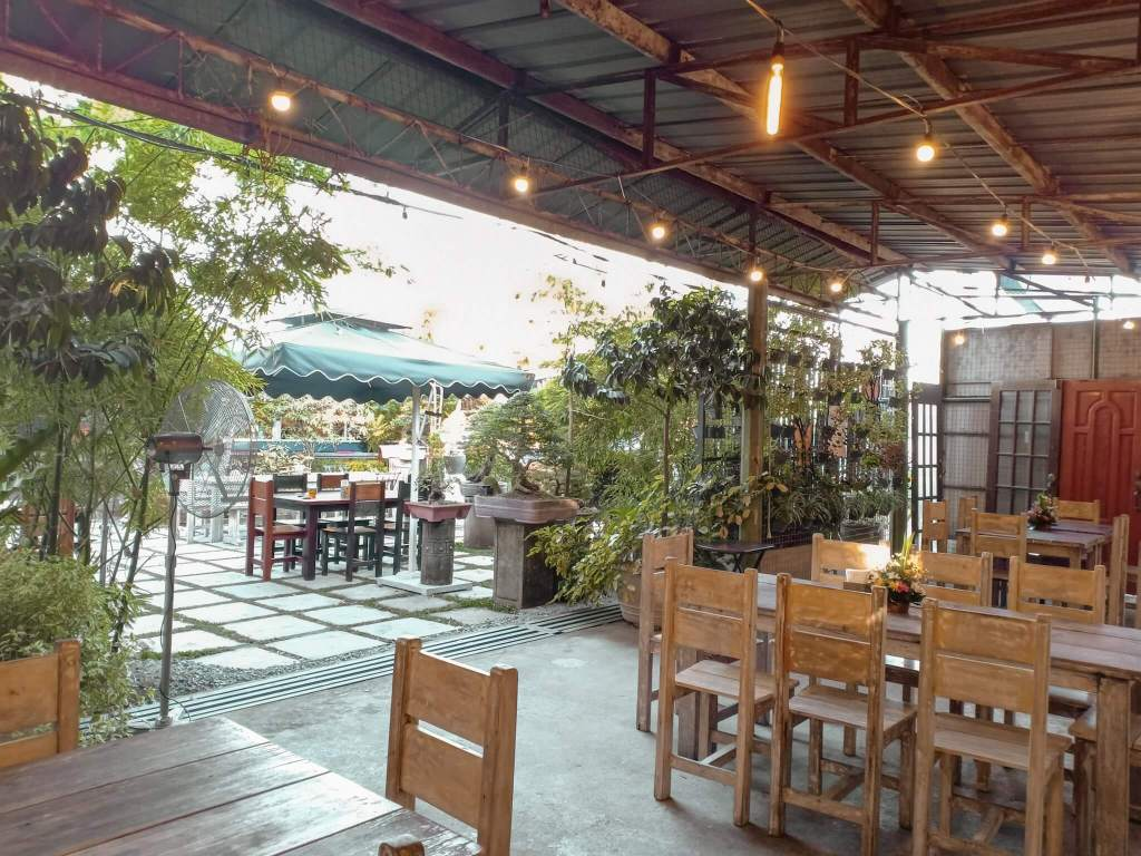 Filipino Chocolate Restaurant at Chavez Estate (3)