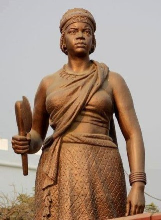 nzinga_statue2