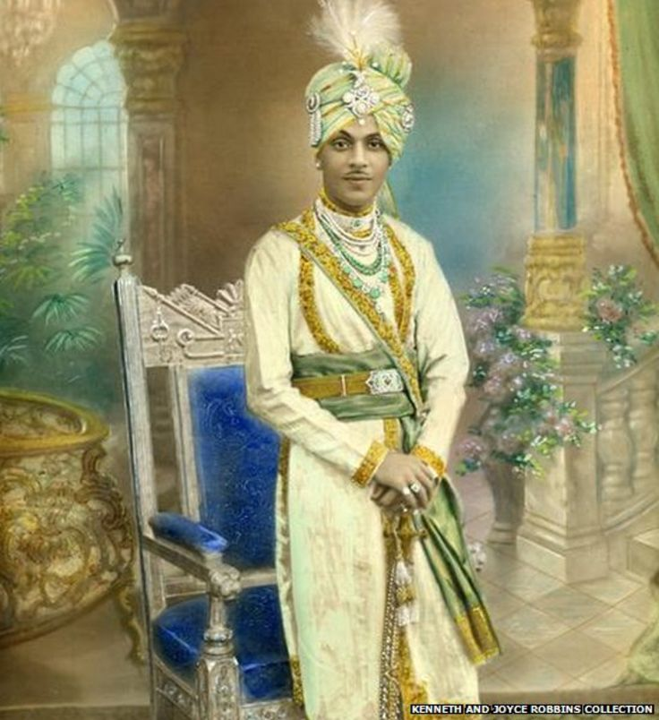 This painting shows Nawab Sidi Haidar Khan of Sachin. The African-ruled State of Sachin was established in 1791 in Gujarat.