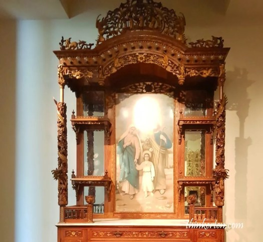 converted altar at Peranakan Museum Singapore