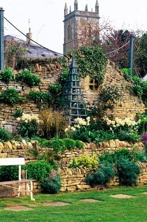 Mill Dene garden copyright Charles Hawes