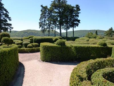 Marquessac, French Gardens Bridget Rosewell for thinkingardens, editor Anne Wareham, Veddw