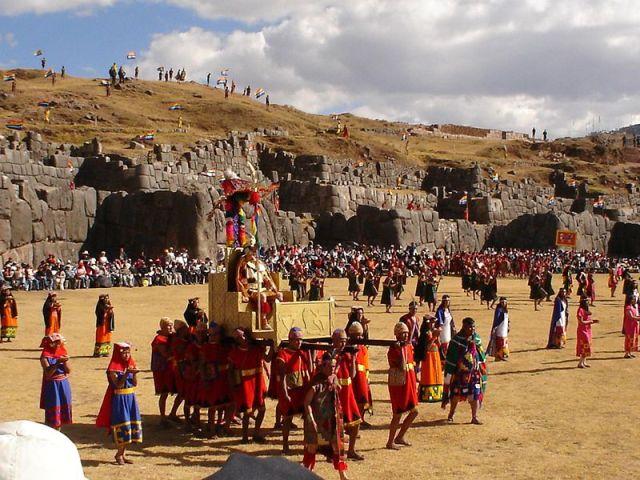 Inti Raymi reenactment. By Cyntia Motta (Creative Commons)