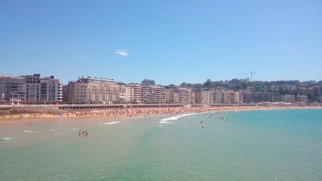The gorgeous urban beach of San Sebastian - Basque Country