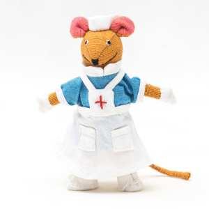 Barefoot Mouse (nurse)