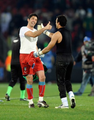 Gianluigi Buffon of Italy and Essam El Hadary of Egypt gesture during the match between Egypt and Italy played at Ellis Stadium on June 18, 2009 in Johannesburg, South Africa.