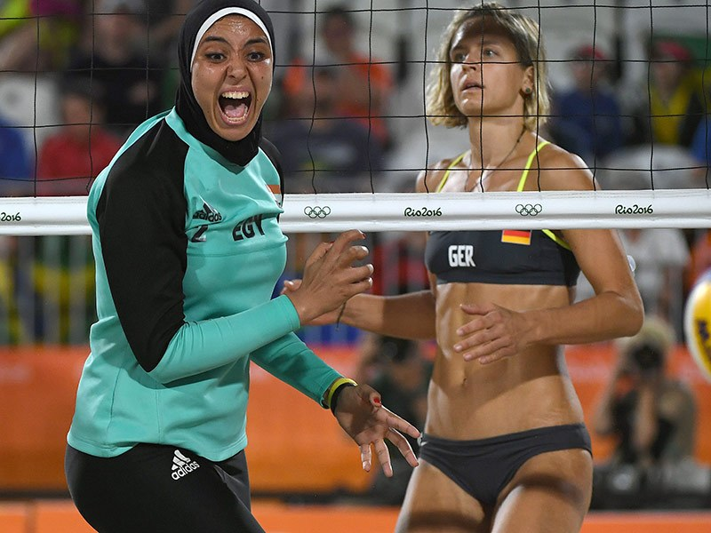 Egyptian Women's Beach Volleyball Player Wears Hijab Against Bikini Opponents at Rio Olympics