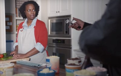 AdWatch: GEICO | Tag Team Helps With Dessert