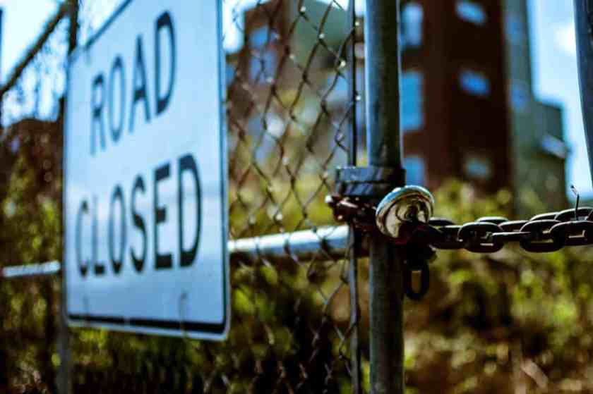 architecture blur chain link fence 951409_result