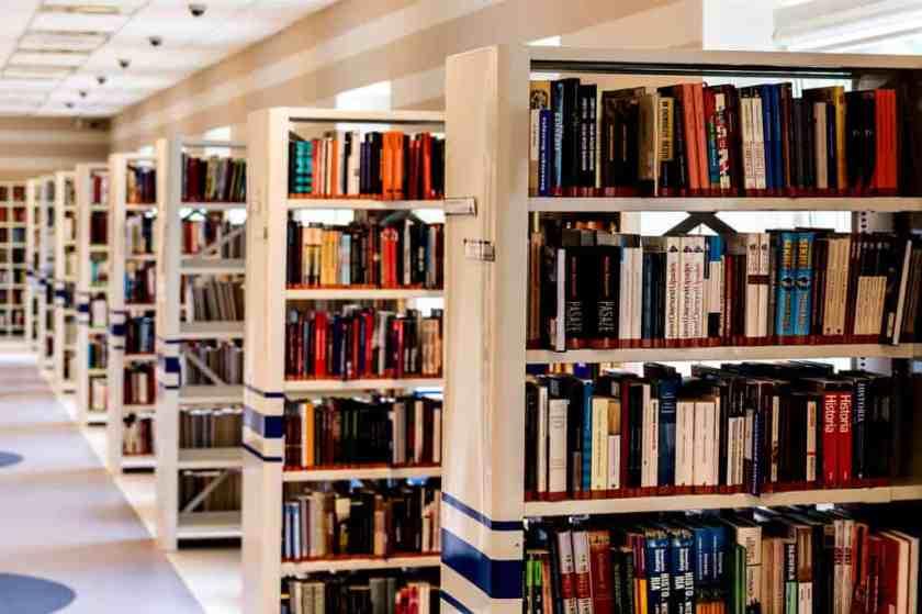 bookcase books bookshelves 256541_result