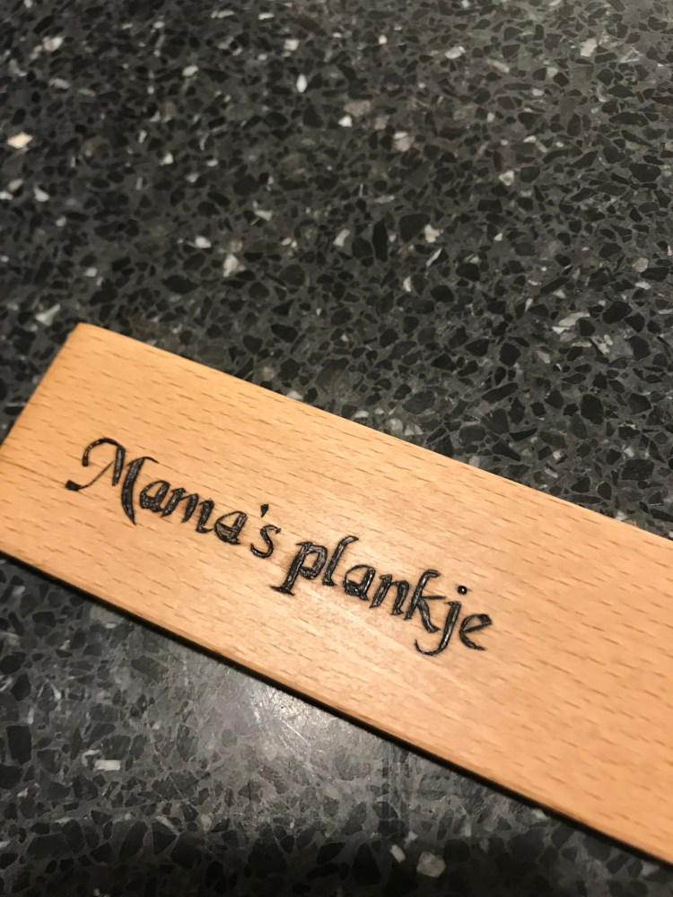 A cutting board for mama