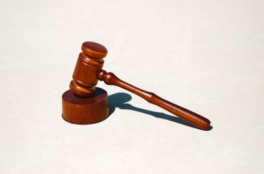 courtroom lawyers work remotely