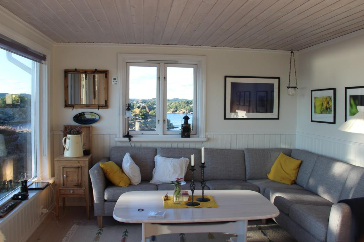 Airbnb home with new remote work features