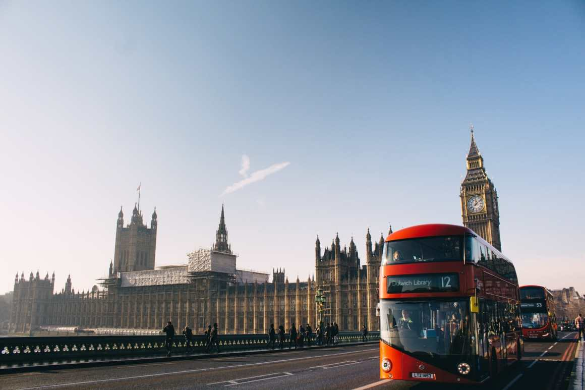 England lifts remote work mandate
